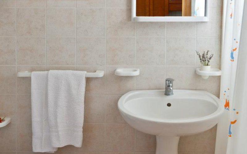 Bungalow_4 pax_bathroom