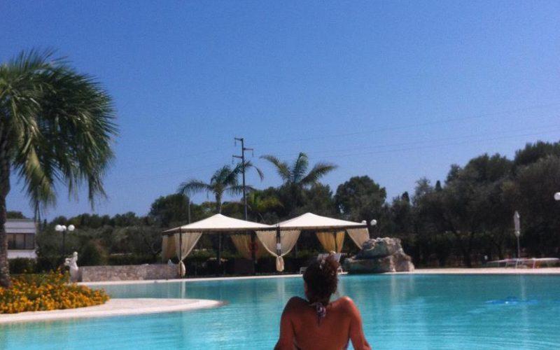 SwimmingPool_relax