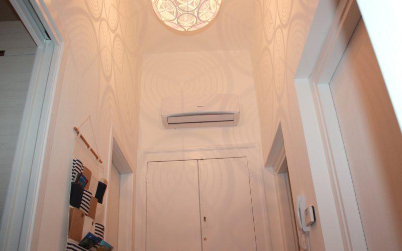 Apartment_entrance