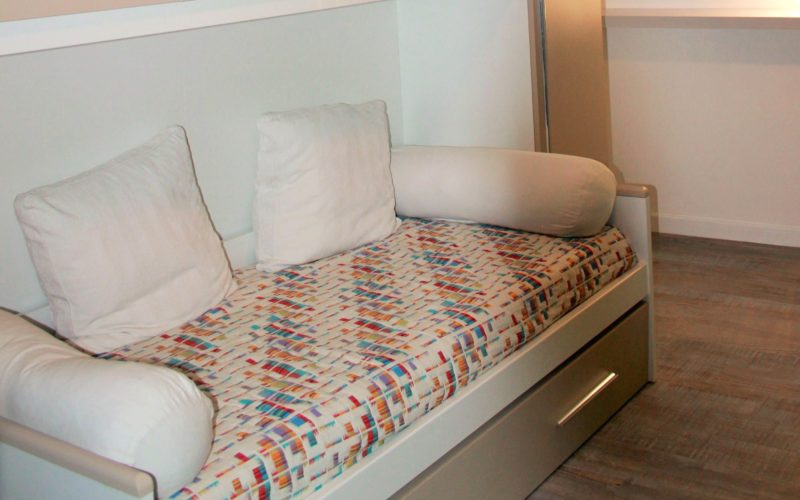 Apartment_sofa bed