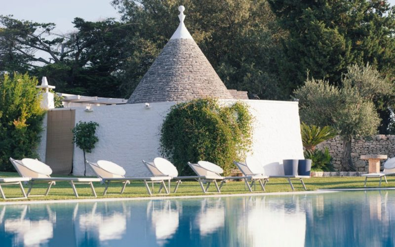 swimming pool with pool bar trullo